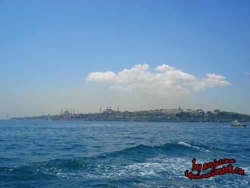Вид на Фатих с моря