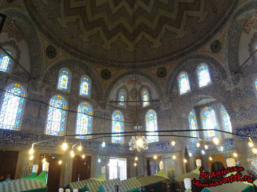 Мавзолей султана Ахмеда, могила Кёсем султан
