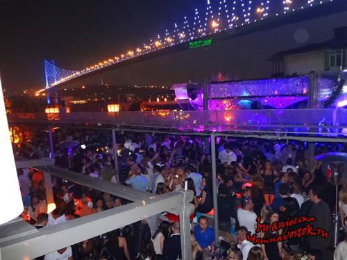 Реина - лучший клуб Стамбула